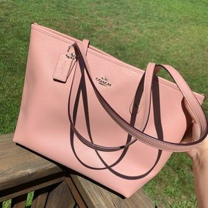 NWT COACH Top ZIP City Tote in pink